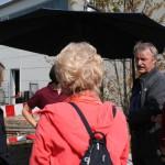 Franz Gärtner (rechts) im Gespräch mit Besuchern