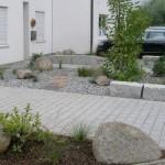 Gestaltung eines Vorgartens mit Eingangsbereich